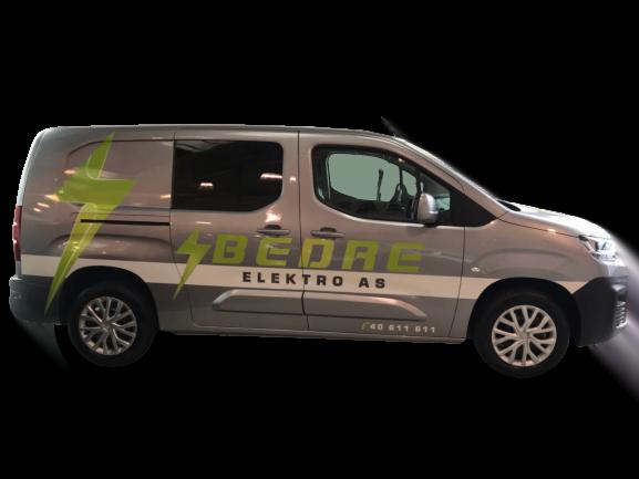 Bedre Elektro firmabil med logo